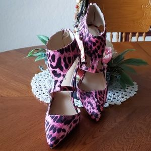 🔅SHOE DAZZLE🔅PINK 👡 ANIMAL PRINT HEELS  👡 6.5